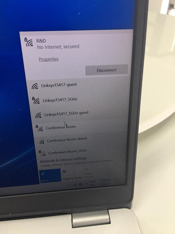"""Error of wifi connection saying """"No Internet, secured"""" on ..."""