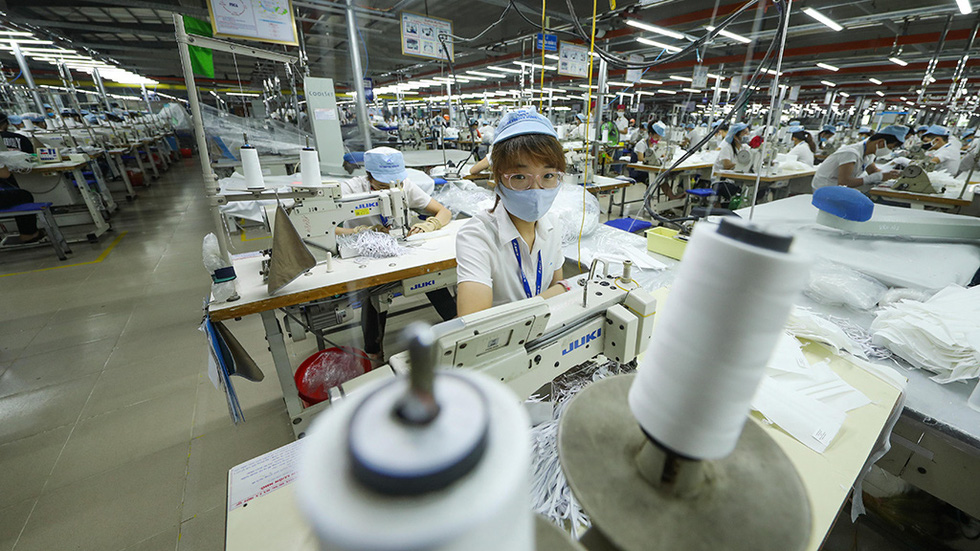 Workers at the factory work continuously from Monday to Saturday